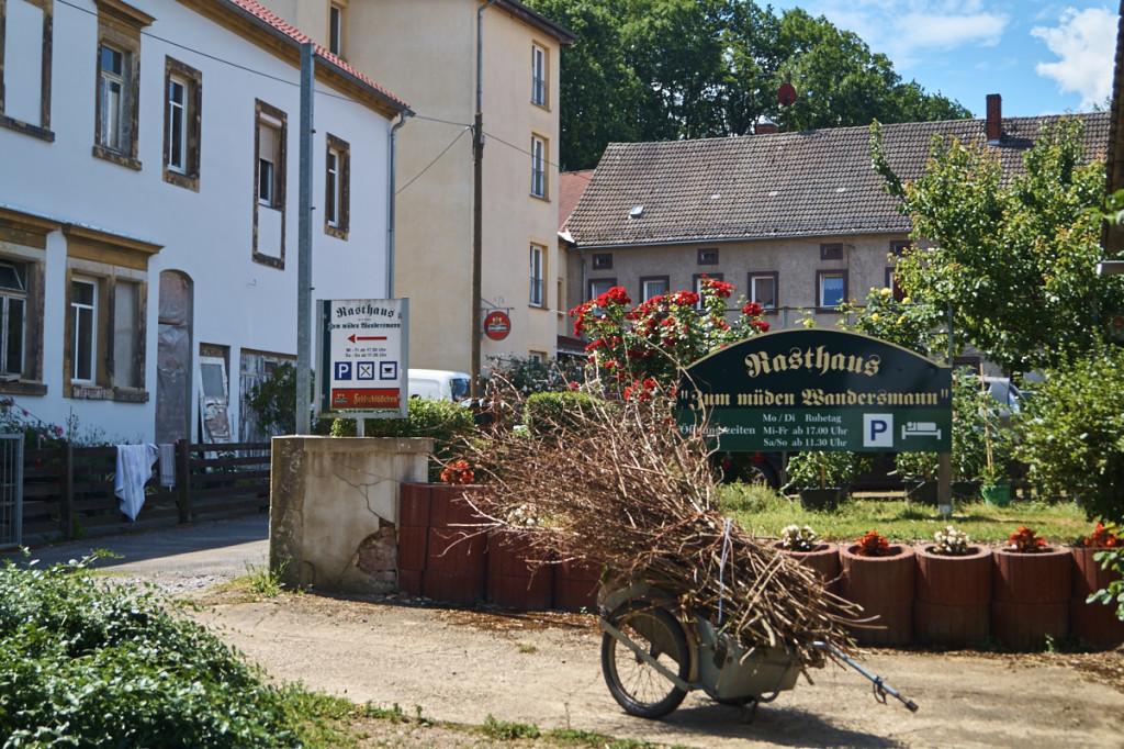 """Das Gasthaus """"Zum müden Wandersmann""""."""