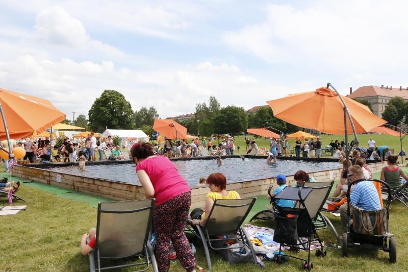 Was gibt es besseres als einen Pool bei einem Fest?