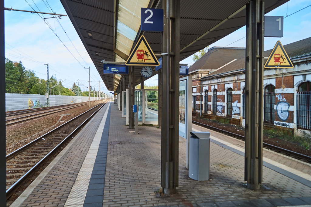 Vom Bahnhof Niedersedlitz aus ist man schnell in der Innenstadt.