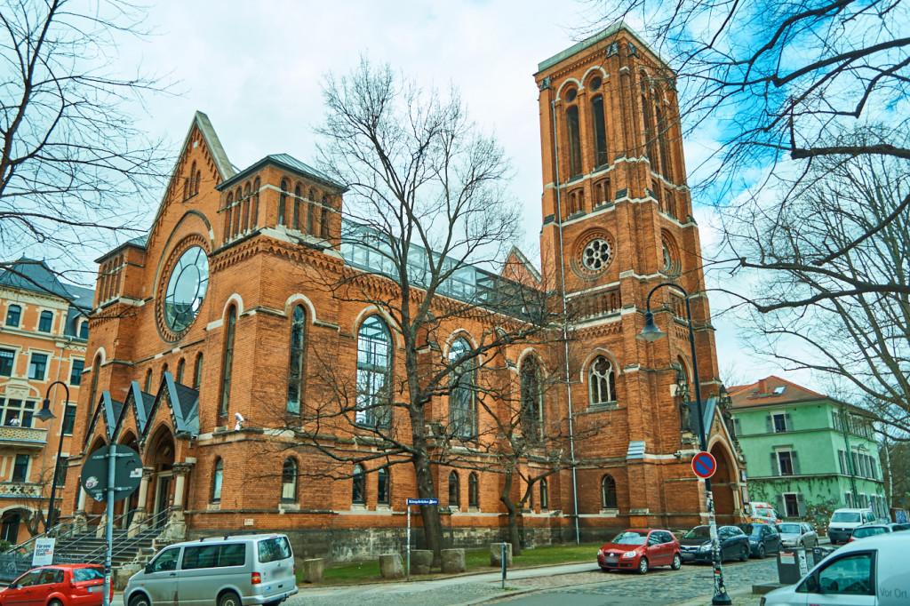 Ruine der St.-Pauli-Kirche in der Leipziger Vorstadt