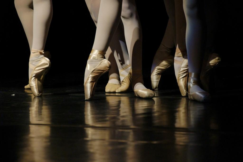 Ballett ist ein sehr schöner, ausdruckstarker Tanz.