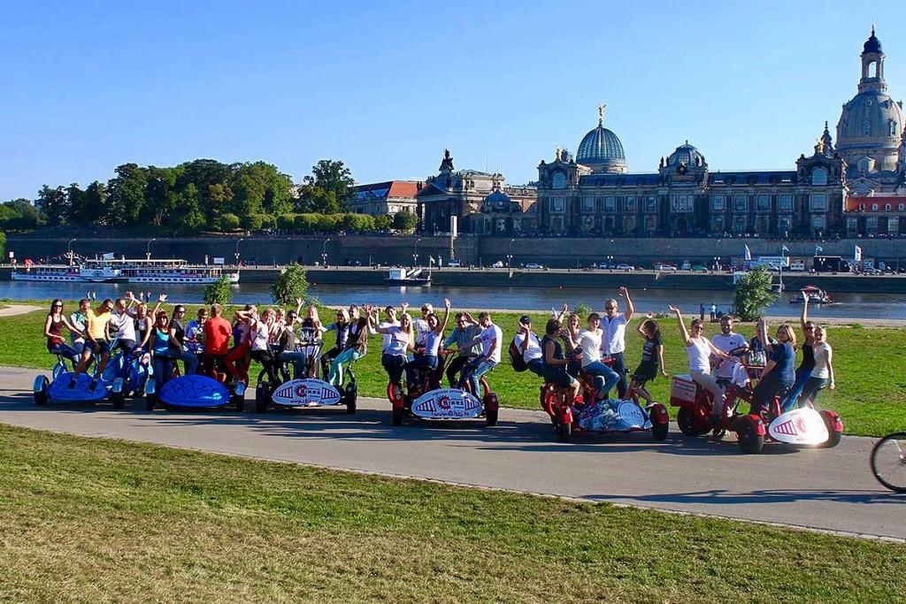 Ideal ist das Conference Bike für Gruppen, die gemeinsam Dresden erleben wollen und sich dabei noch sportlich betätigen wollen.