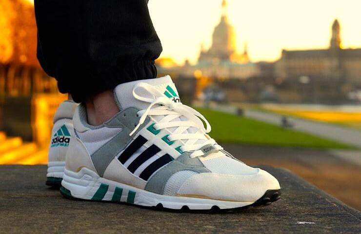 Ein cooler Adidas-Schuh aus dem Schrittmacher.