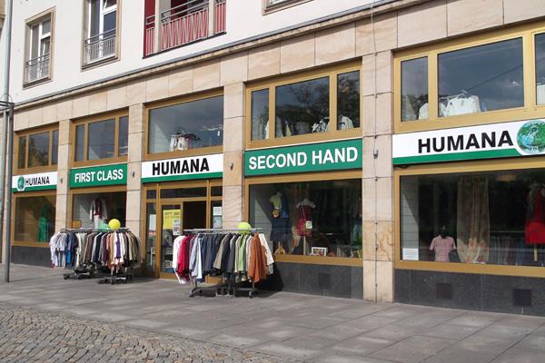 Humana Secondhand am Postplatz. ©Humana