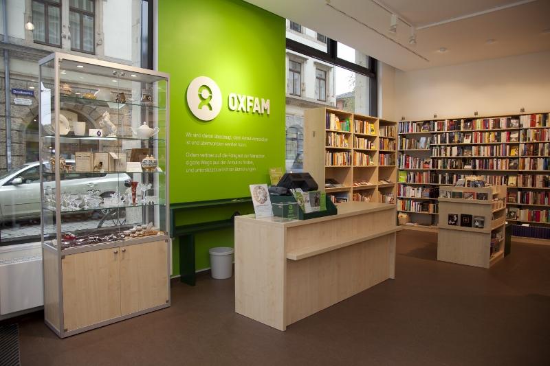 Der Dresdner Oxfamstore am Blauen Wunder.