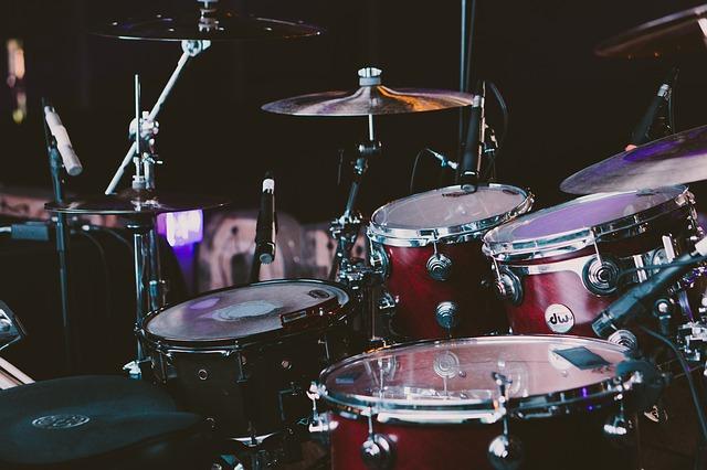 Natürlich kann auch Schlagzeug erlernt werden!