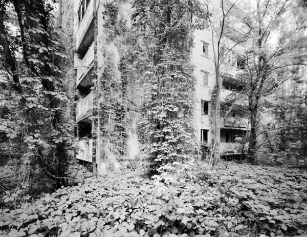 """Volker Kreidler Prypjat, aus der Serie """"Dritte Landschaft"""", 2016, Piezo-Pigmentdruck © Volker Kreidler (Pressebild DHMD)"""