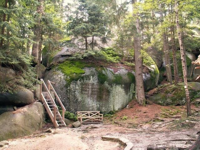 Klettern und Toben im Felsenlabyrinth