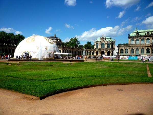 Dresden hat eine neue Kuppel!